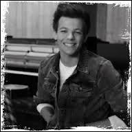 Dans «Little Things», dans son solo, Louis fait un grand sourire. Quel mot chante-t-il durant ce sourire ?