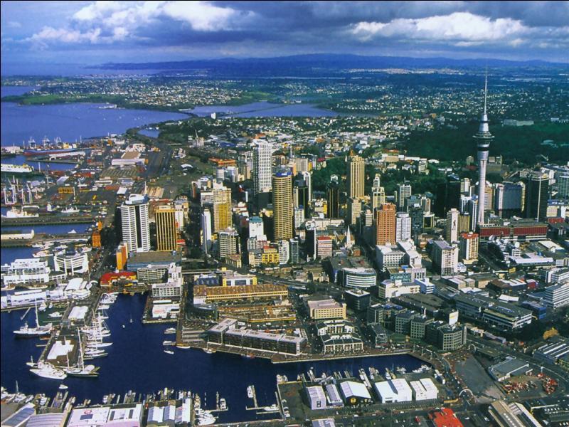 Auckland est-elle la ville la plus peuplée de Nouvelle-Zélande ?