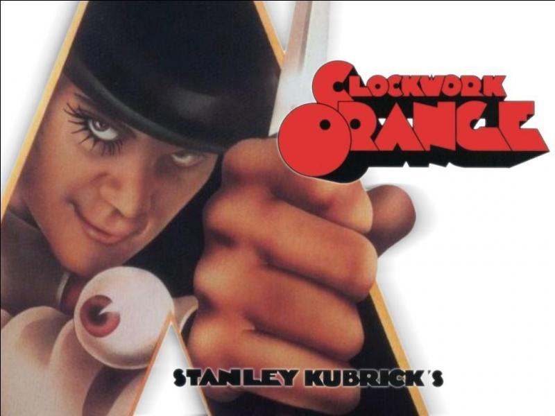 Dans le film «A Clockwork Orange (1971)», Alex De Large prend quoi pour se droguer avant de commettre ses crimes ?
