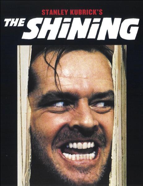Dans «The Shining (1980)» Jack Nicholson incarne le personnage de Jack Torrance, un écrivain qui devient progressivement fou. Où se déroule le film ?