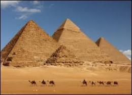 Quel dieu a provoqué une série de cataclysmes sur l'Egypte ?