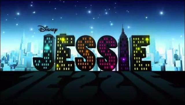 Qui voit-on la première dans le générique de Jessie ?
