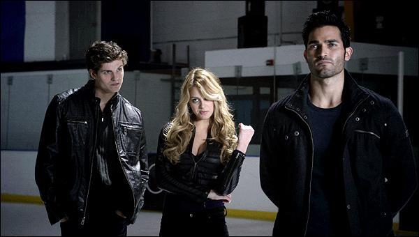 Dans l'épisode 5, pourquoi Derek et sa meute kidnappent-ils Jackson ?