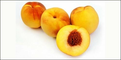 Quel fruit est une sorte d'abricot ou de pêche ?