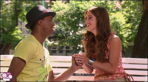 Dans quel épisode Broadway et Camila vont-ils s'embrasser ?