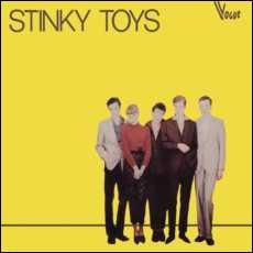 Quelle chanteuse a débuté dans le groupe punk  Stinky Toys  ( jouets puants) ?