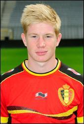 Né en 1991, il a joué à Genk et au Werder de Brême. Quel Diable rouge a été transféré à Chelsea pour la saison 2013-2014 ?