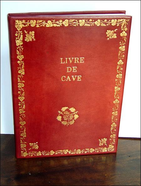 Les livres d'autrefois étaient ornés de ... . On peut les trouver sur la couverture, au début d'un chapitre.
