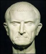 L'un d'eux a été tué à la bataille de Carrhes contre les Parthes en l'an -53. De qui s'agit-il ?