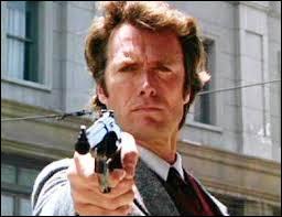 Quel est le surnom de l'inspecteur Harry Callahan incarné par Clint Eastwood à l'écran ?
