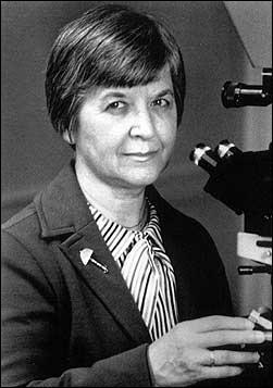 Quelle invention est l'oeuvre de Stephanie Kwolek en 1966 ?