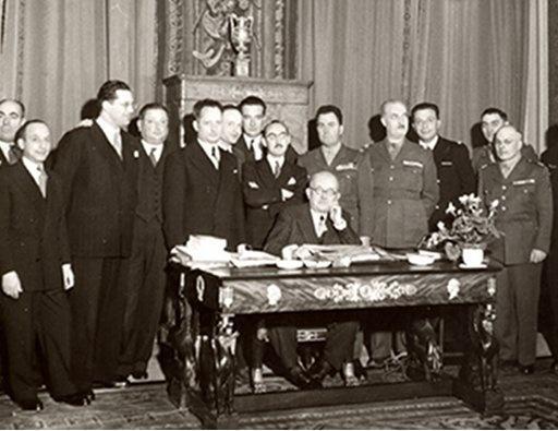 Le Gouvernement provisoire et la IVe République