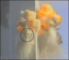 Quel est ce mystère, d'après les musulmans, apparu le 11 septembre 2001 lors de l'écroulement des tours jumelles ?