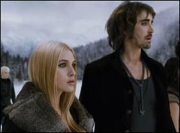 De qui Eowyn tombe-t-elle amoureuse au début du 3ème volet de la saga ?