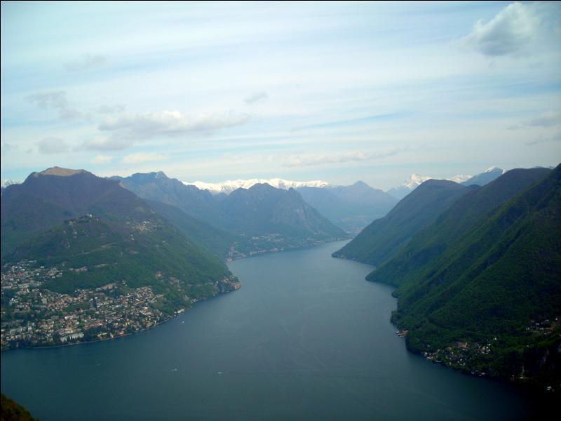 Sur quel mont faut-il se rendre pour admirer cette magnifique vue ?