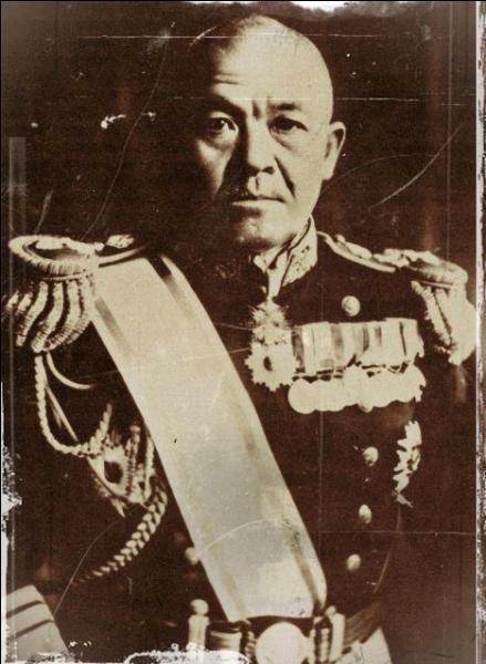 Celui-là, il n'avait rien compris à l'importance des porte-avions. L'attaque qu'il commanda sera considérée comme une victoire tactique mais, aussi, comme une défaite stratégique. II n'a pas correctement réalisé les plans de bataille de son chef contre le  port de la perle . Qui est-il ?