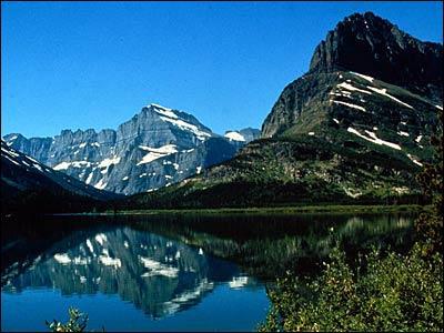 Dans quel état américain se trouve 'Glacier Park' ?