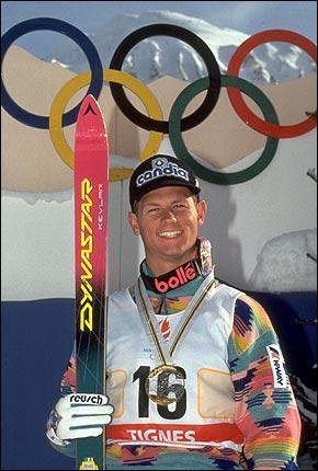 Quelle était la spécialité d'Edgar Grospiron, champion de ski français dans les années 90 ?