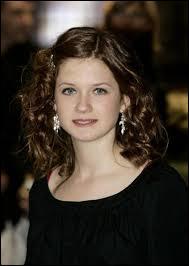 Revenons le temps de deux questions spécifiques à sa seule fille, Ginny... Que pouvez-vous dire d'elle au niveau personnalité ?