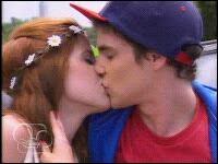 Dans quel endroit Camila et Maxi vont-ils se donner leur premier baiser ?