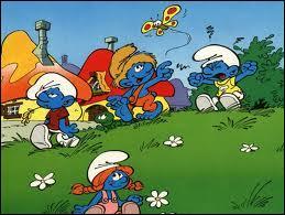 J'observe l'image et je vois : des petits bonhommes bleus et dont il y a deux garçons !