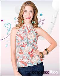 Quel est le rôle d'Angie dans la maison de Violetta ?
