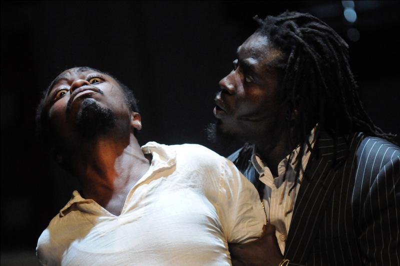 Cette pièce de théâtre, écrite en 1966 met en scène les derniers mois de la vie de Patrice Lumumba dans la période de transition vers l'indépendance du Congo belge. Qui est l'auteur ?