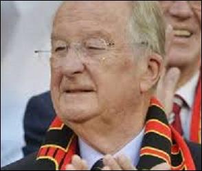 6e roi des Belges. Il a régné pendant 20 ans, de 1993 à 2013. Le 2 novembre 2013, Albert II de Belgique avait-il déjà avalé sa chique ?