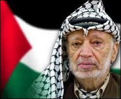 Activiste et homme d'Etat palestinien. Premier président de l'Autorité palestinienne de 1996 à 2004. Le 2 novembre 2013, Yasser Arafat avait-il déjà été rappelé ?