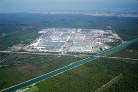 L'usine PSA de Mulhouse (Alsace) est-elle localisée au sein de la commune de Mulhouse ?