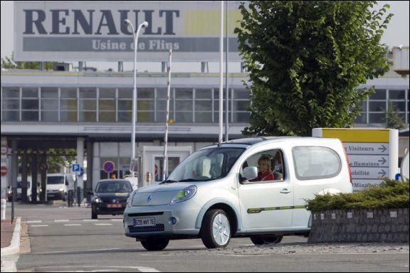 Quelle affirmation à propos de l'usine Renault de Flins, en Île de France, est-elle fausse ?