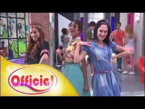 C'est une chanson interprétée par Violetta, Francesca et Camila :