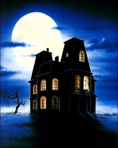 Le soir d'Halloween, des visites de la Cabane Hurlante sont organisées.