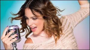 Dans la série  Violetta , quelle est la chanson sur laquelle Diego embrasse Violetta ?