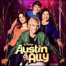 Dans la série  Austin et Ally , combien de fois Ally a-t-elle chanté sur scène dans les saisons 1 et 2 ?