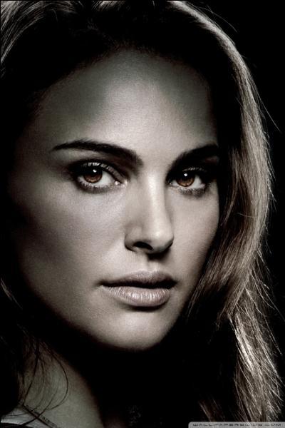 Comment se nomme le personnage incarné par Natalie Portman ?