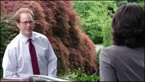 Pendant plusieurs séances Régina va voir le psychologue d'Henry, le Dr Hopper... mais pour quelle raison ?