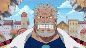 Est-ce que Monkey D. Garp (le grand père de Luffy) est un ancien pirate ?