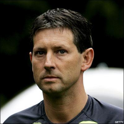 Arbitre belge, j'ai été séléctionné pour siffler l'EURO 2008: