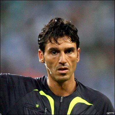 Arbitre suisse, également séléctionné pour l'EURO 2008:
