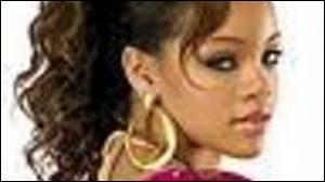 De quelle couleur est la maison de Rihanna ? (à peu près)