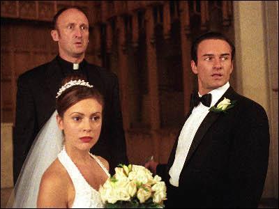 Charmed : Dans quelle saison Cole fait-il sa demande à Phoebe ?
