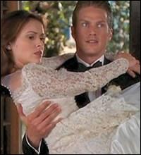Charmed : Comment s 'appelle le mari de Phoebe au début de la saison 8 ?
