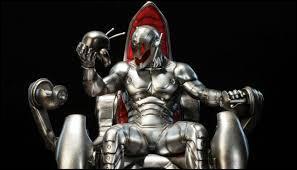 Qui est l'ennemi des Avengers dans le 2e film ?