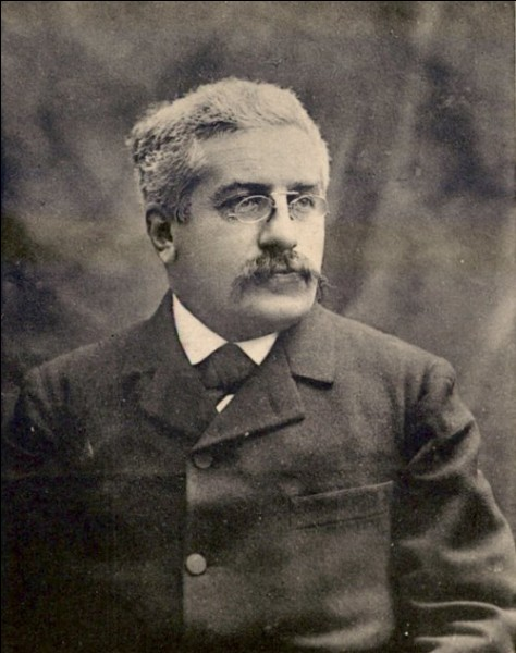 Qui est ministre de la guerre à la fin du mois d'août 1914 en France ?