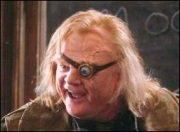 Lequel de ces personnages de Harry Potter n'a jamais été professeur de défense contre les forces du Mal ?