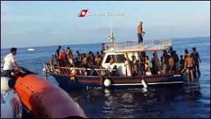 Combien de personnes sont mortes lors du naufrage de Lampedusa ?