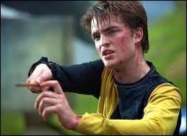 Cedric Diggory meurt tué par ...