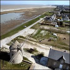 Je vous ramène des moules de bouchot de Cherrueix. Ce gros village breton en bord de mer avec ses moulins, sur la route reliant Saint-Malo eu Mont-Saint-Michel, se situe dans le département ...