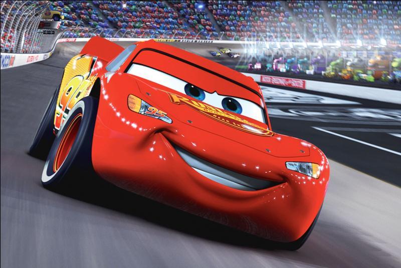 Dans quelle société de production le film d'animation  Cars 2  a-t-il été réalisé ?